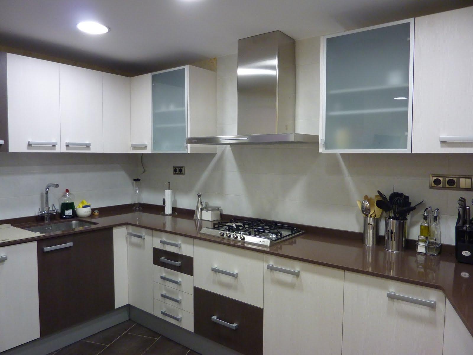 Fusteria de Castellví | Mueble de cocina lacado | Esparreguera.